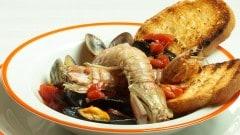 Zuppa di cozze, vongole e cicale