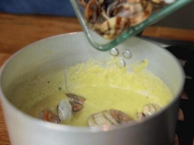 Crema di patate e asparagi con le vongole