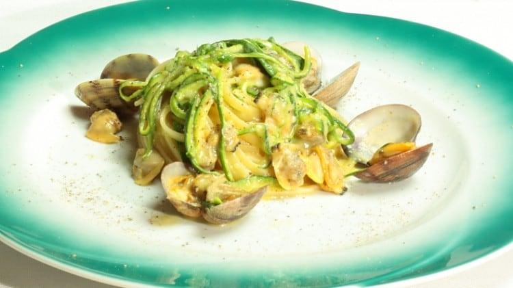Ricetta la pasta con le vongole