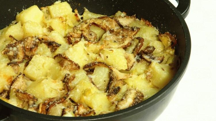 Patate con porcini al forno