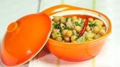 Zuppa di maiale con ceci e patate