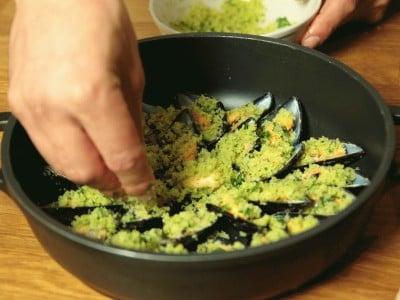 Cozze gratinate al pomodoro