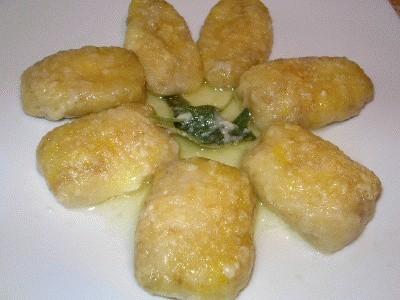 Gnocchi di patate ripieni di gorgonzola