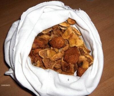 Fichi bianchi e neri secchi le vostre ricette cookaround - Piatti bianchi e neri ...