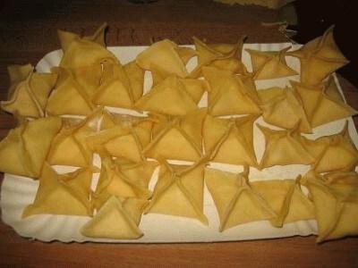 Fagottini ricotta e speck in salsa di noci