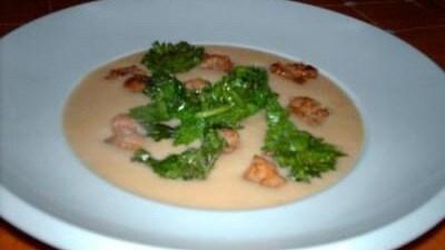 Crema di baccalà con salsiccia e broccoletti