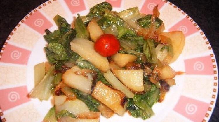 Foglie di lattuga e patate