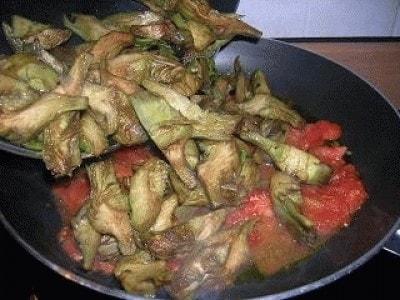 Caponatina di carciofi e olive