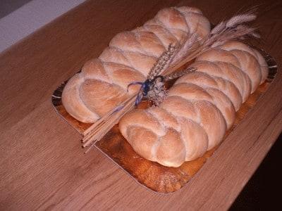 Trecciona di pane