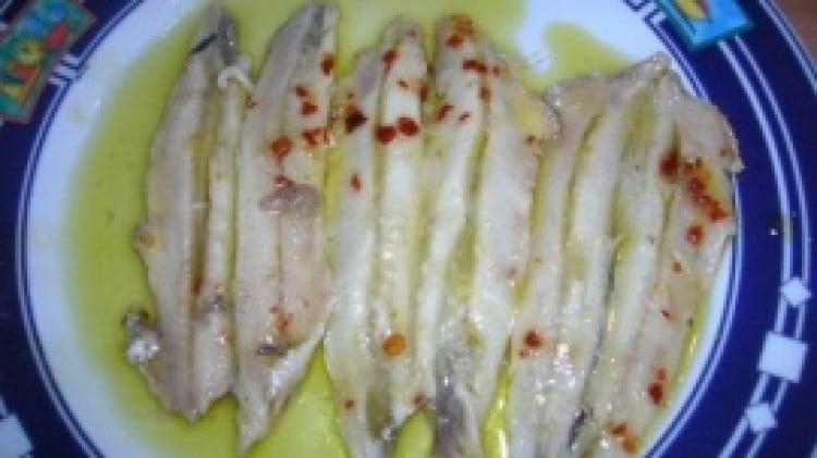 Acciughe marinate