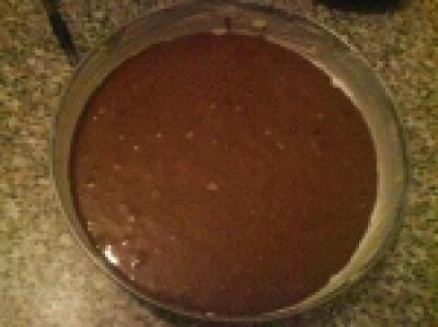 Torta cioccolato con nutella, glassa e zuccherini