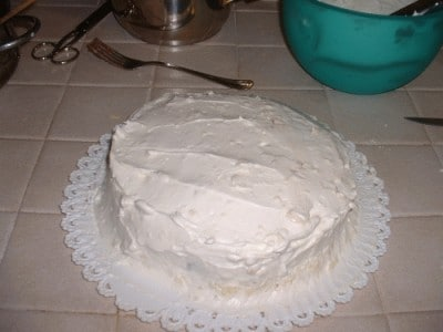 Torta con crema bianca ed al cioccolato