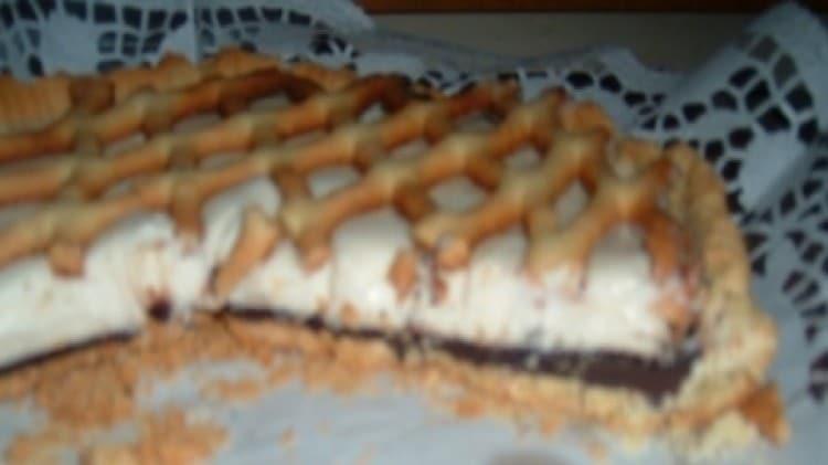 Crostata con crema al cioccolato e chantilly