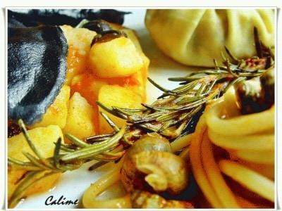 Ravioli neri con merluzzo e sugo di patate