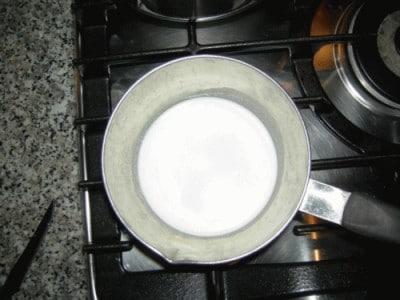 Budino di mele con crema alla cannella