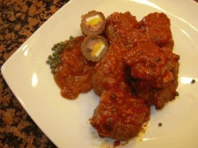 Bauletti di carne in salsa al pepe verde