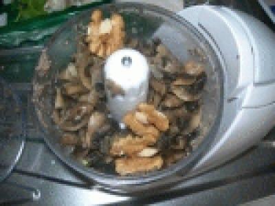 Crostini con crema ai funghi