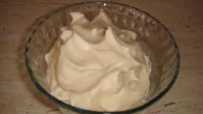 Crema al mascarpone e latte condensato senza uova