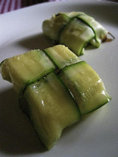 Fagottini di zucchine e caprino