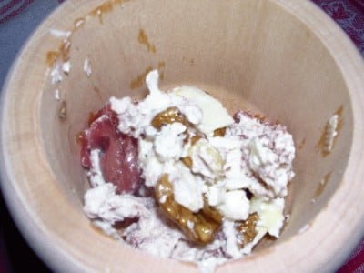 Muffins alle noci e limone con crema alla bresaola