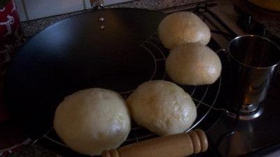 Pane cinese al vapore con pasta madre