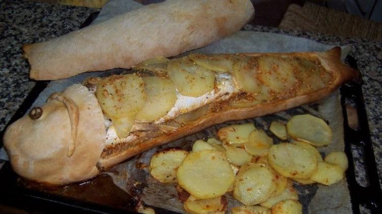Spigola di mare in crosta di pane