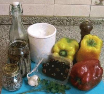 Peperoni olive ed acciughe