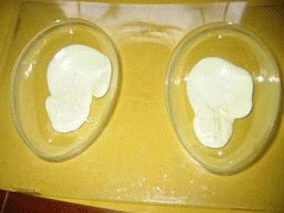 Uovo di pasqua bicolore