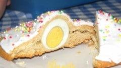Biscotti con uovo sodo