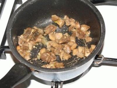 Involtini di lardo pancettato con tritato condito