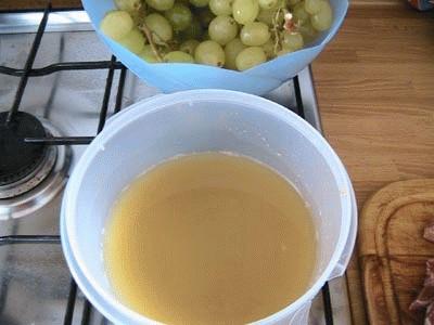 Braciolette di cinghiale all'uva