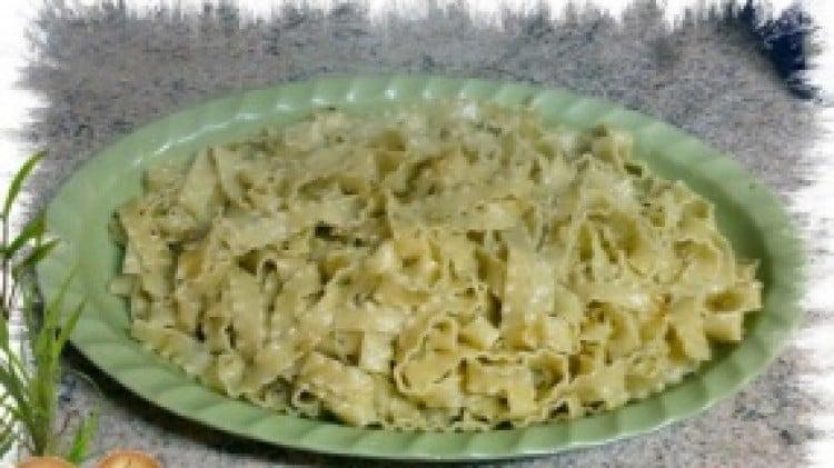 Reginette con sugo d'arrosto e cipolle