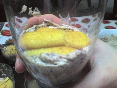 Bicchieri di crema al mascarpone