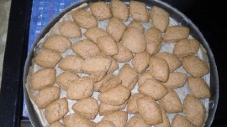 Biscotti con orzo