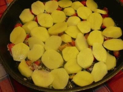 Riso al forno con patate e cozze