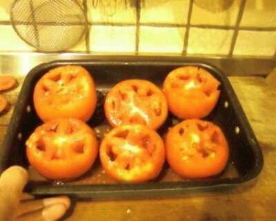 Pomodori ripieni di riso crudo