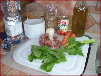 Salsiccia di cinghiale con lenticchie