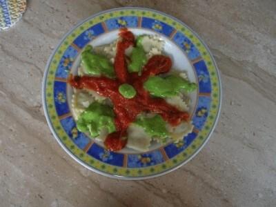 Ravioli con ripieno di carciofi e ricotta