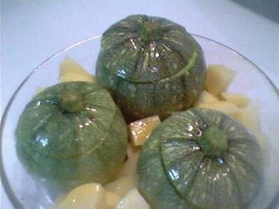 Zucchine tonde ripiene di couscous