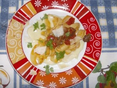 Pappardelle con porcini e prosciutto in crema di patate
