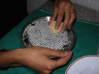 Risotto con funghi porcini e zafferano passo-passo