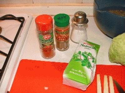 Zuppa di lenticchie, wurstel e mele