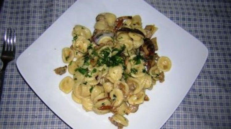 orecchiette con funghi porcini e vongole: le vostre ricette ... - Come Cucinare Le Vongole Surgelate