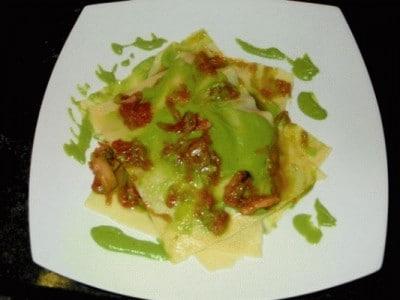 Lasagnetta di seppie su crema di piselli e patate