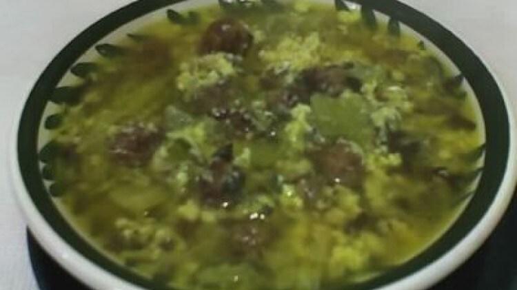 minestra di polpettine e cardi in brodo di cappone