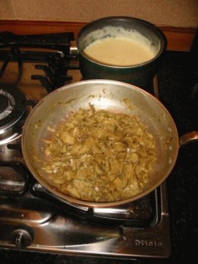 Teglia di pasta al forno con carciofi