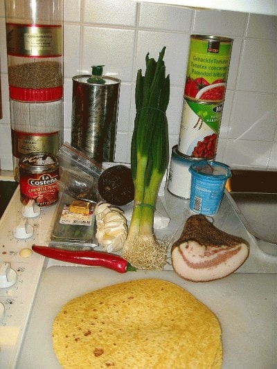 Zuppa di tortillas