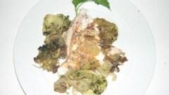 Dentice al forno con funghi, pinoli e patate