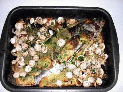 Ombrina alla ligure in crosta di patate