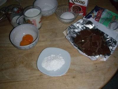 Cialde con crema di cioccolato al latte e lenticchie